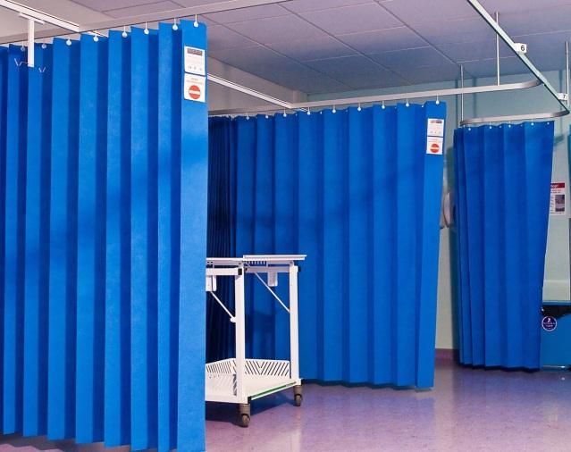 CurtainseparationHospital