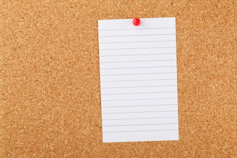 note-paper-on-cork-board